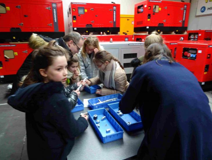 Leerlingen op bezoek Vandaele 8